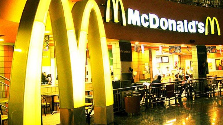 McDonald's Guatemala no brindará pajillas a menos que los clientes las pidan