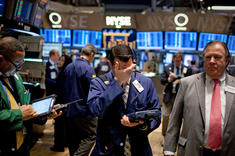 Bolsas latinoamericanas caen a mínimos históricos tras desplome bursátil chino