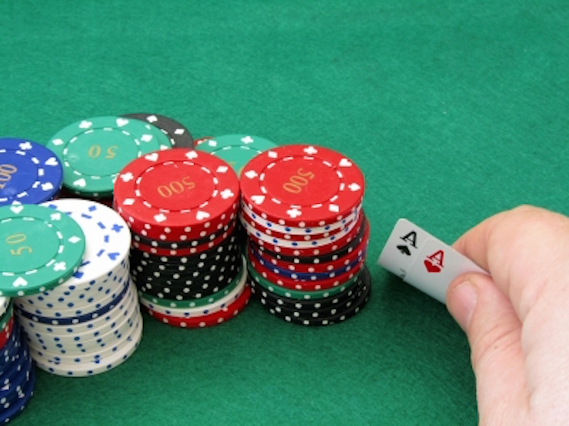 Gobierno de Panamá usará ingresos de juegos de azar para financiar aumento a jubilados