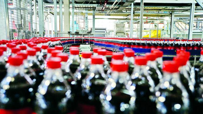 En 2020 Coca-Cola devolverá el 100% del agua que gasta en fabricar sus bebidas