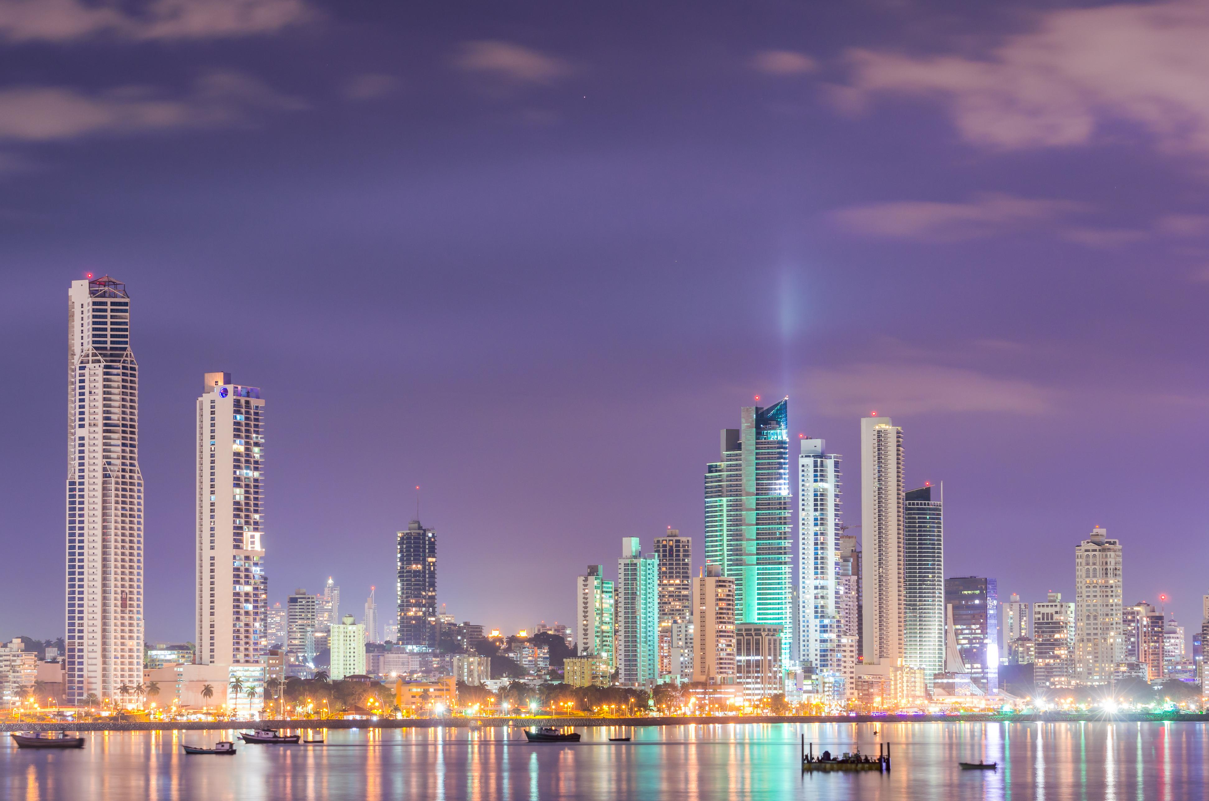 Panamá: Aumentan locales vacíos en centros comerciales ante la desaceleración