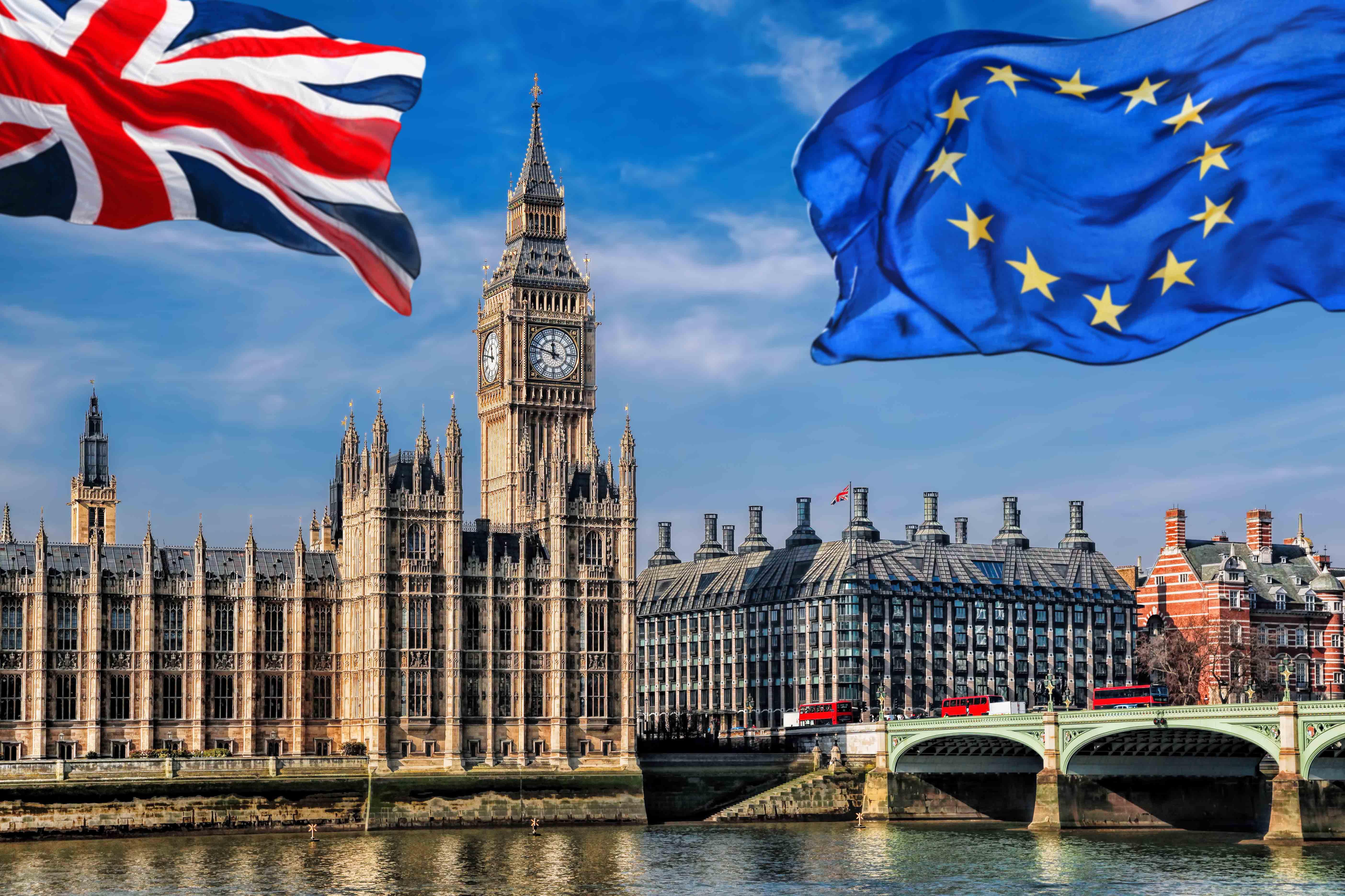 Diputados británicos aprueban una ley que permite romper el acuerdo del brexit