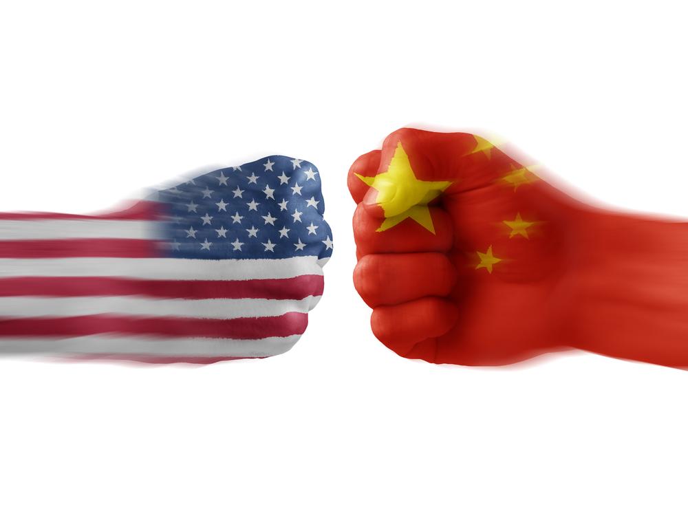 Al margen de la guerra comercial, sube la tensión militar entre EE.UU y China