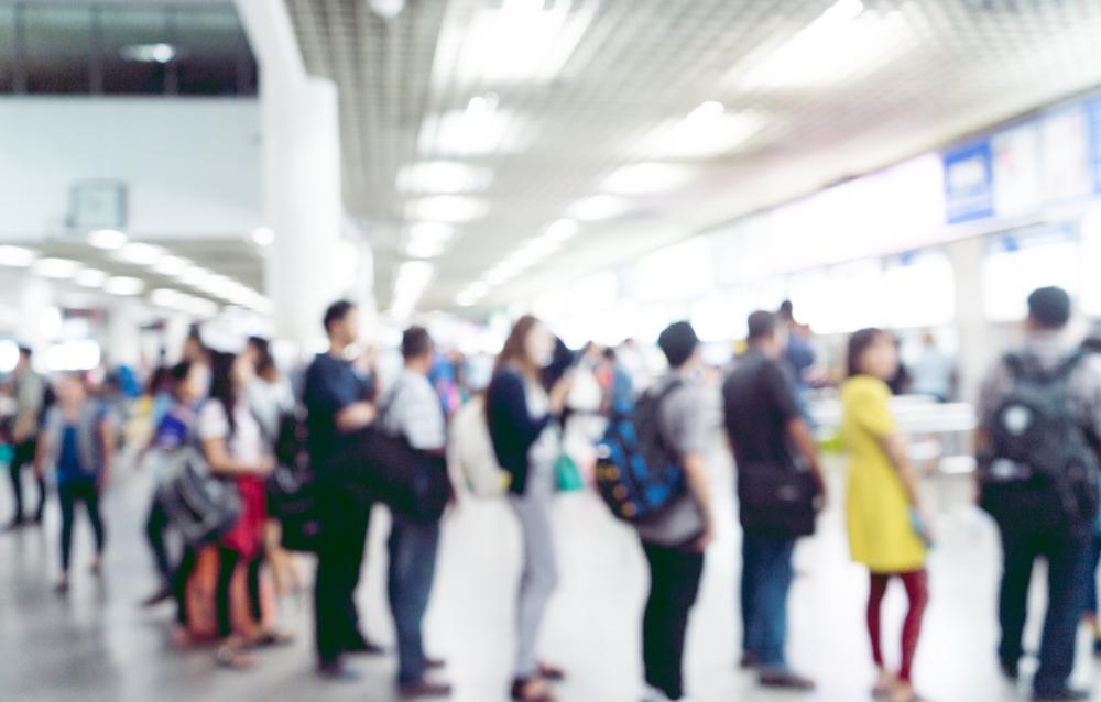 Las solicitudes de desempleo en Estados Unidos bajan a 803.000