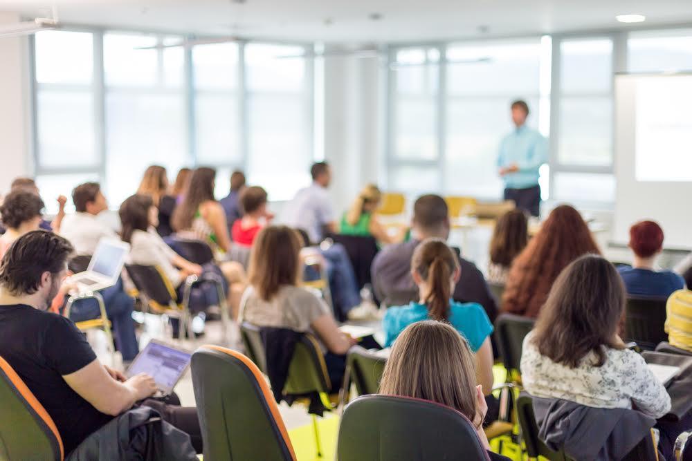 ¿Cómo deciden su futuro los universitarios Centennials?