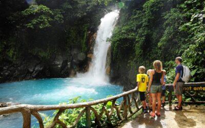 Costa Rica: Gobierno destraba procesos para inversión turística por US$418 millones