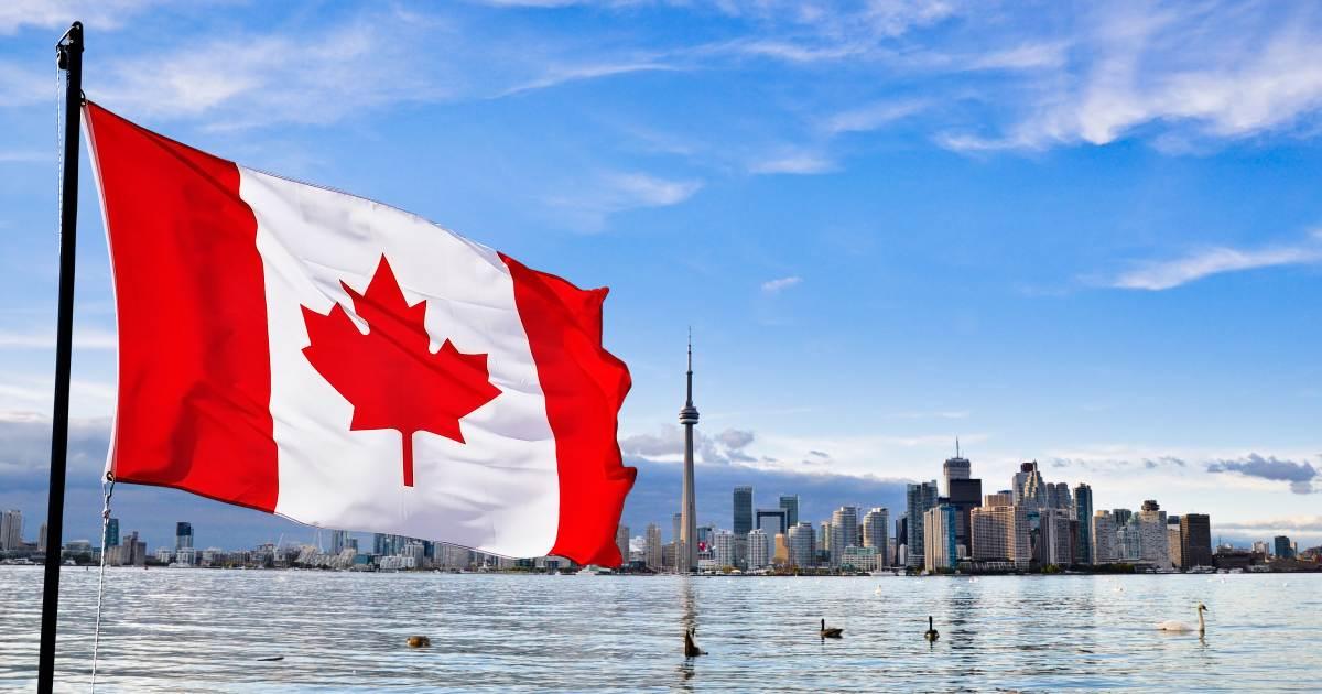 Resultado de imagen para Canadá busca ampliar vuelos directos desde El Salvador
