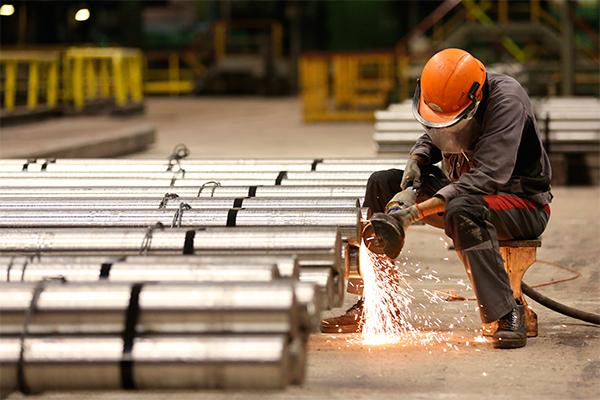 Canadá y EE.UU negocian levantamiento de aranceles al acero y aluminio
