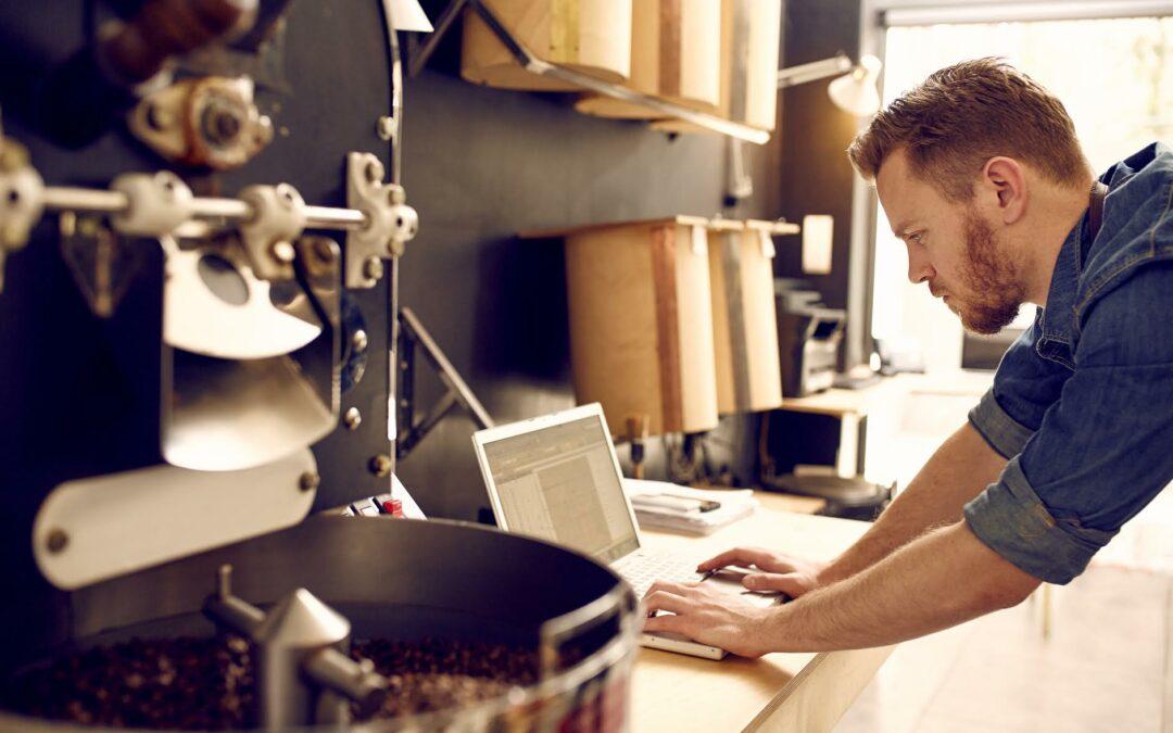 Expertos piden a PYMES mantener la calma y reinventarse para contrarrestar la situación económica