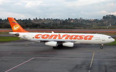 Presidente de Nicaragua cuestiona sanciones estadounidenses a aerolínea venezolana Conviasa