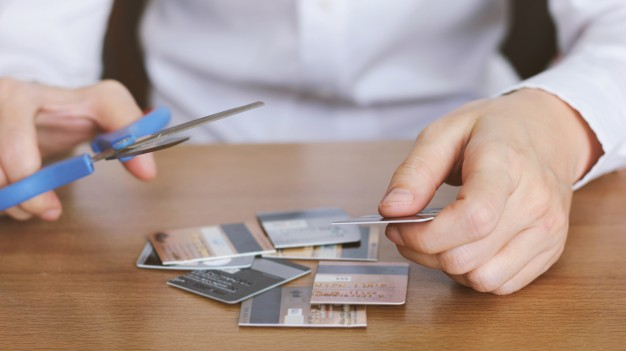 5 trucos para evitar endeudarse en época navideña