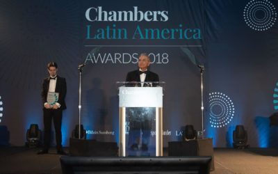 "Francisco Armando Arias recibe el reconocimiento ""Lifetime Achievement Award"" por parte de Chambers and Partners"
