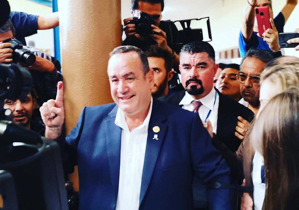 Los 3 grandes retos de Alejandro Giammattei como próximo presidente de Guatemala