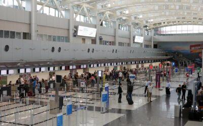 Aeropuerto Juan Santamaría recibe premio por ser el de mayor mejora en Latinoamérica y el Caribe