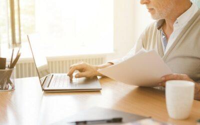 Personas mayores de 60 años son blanco fácil de estafas a través de medios digitales