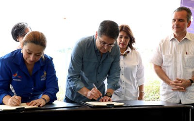 Honduras y BID firman convenio de financiamiento para construir hospital del trauma