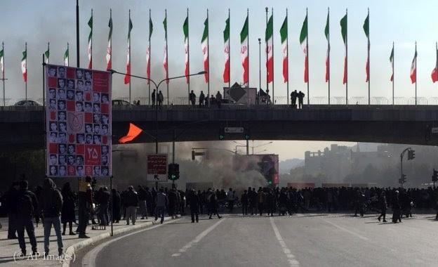 Irán suspende el acceso a internet para ocultar manifestaciones