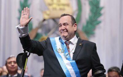 Guatemala: Giammattei asume presidencia y promete cambios drásticos