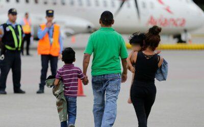Guatemala lanza plan para atención de migrantes tras nuevas caravanas