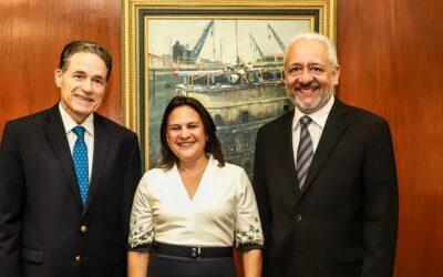 Ilya Espino de Marotta asume como la primera mujer subadministradora del Canal de Panamá