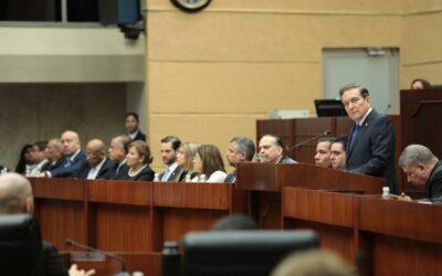 Gobierno de Panamá en proceso de 'poner la casa en orden'