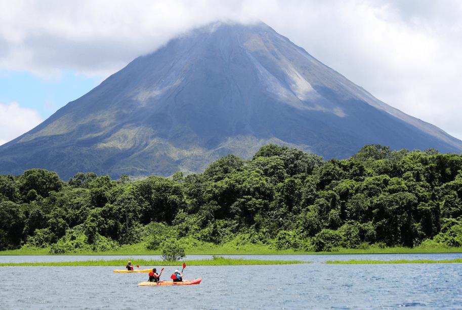 Costa Rica: La crisis económica en el sector Turismo