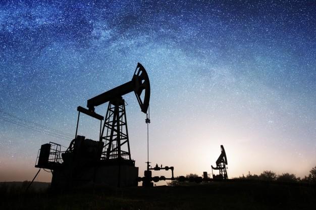 El petróleo se hunde a sus niveles más bajos en casi 20 años