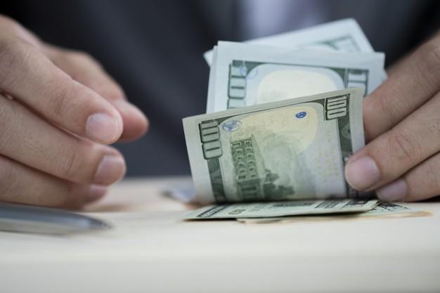 Remesas enviadas a El Salvador entre enero y octubre 2020 crecen 2,6% en comparación con 2019