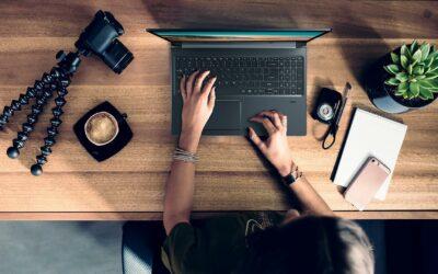 ¿Muchas horas frente a su laptop? Busque la postura correcta