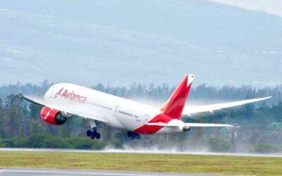 Avianca lleva de regreso a casa a más de 7.500 personas en más de 100 vuelos de repatriación
