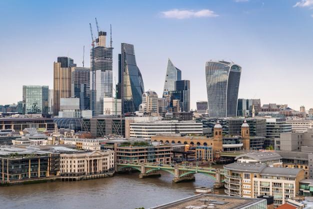 Reino Unido tendrá puentes aéreos con 50 países