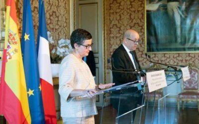 España firmará con Francia su primer convenio de doble nacionalidad en Europa