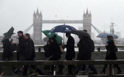 Hasta 13 universidades británicas pueden afrontar la quiebra por la crisis