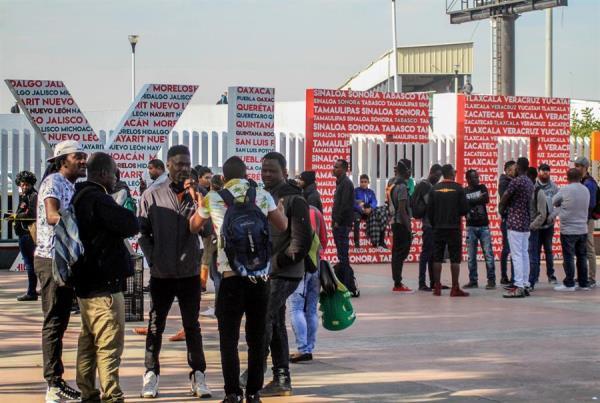 Estados Unidos restringe permisos de trabajo a solicitantes de asilo