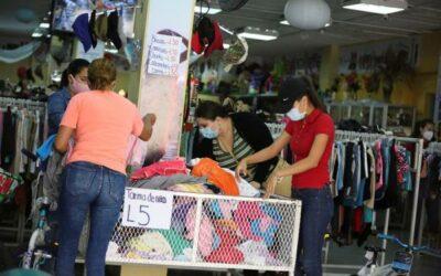 Honduras reinicia labores en entes públicos y hará ensayo en transporte