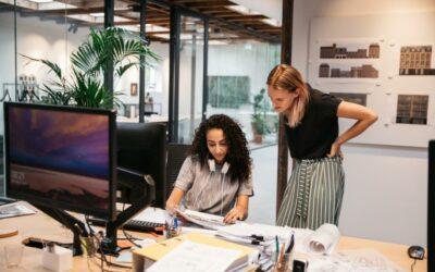 Liderar en el comercio electrónico: Un área llena de oportunidad para las mujeres