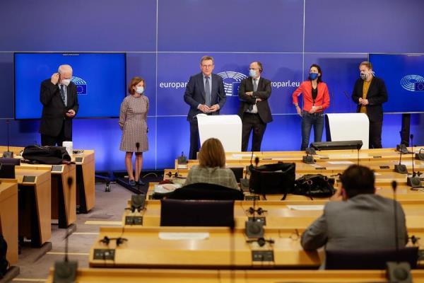 Unión Europea da un paso clave para su recuperación poscovid al pactar su presupuesto