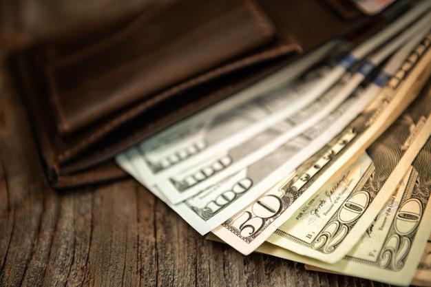 Época de aguinaldo: ¿Qué hacer con ese dinero extra?
