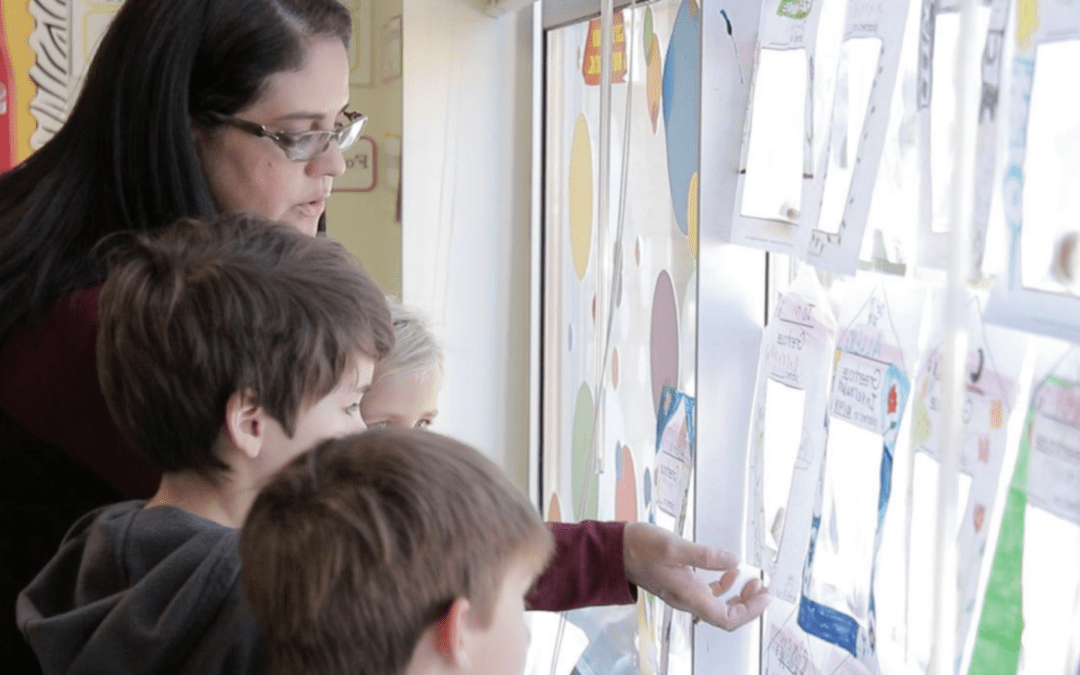 Escuelas estadounidenses convocan a docentes costarricenses para el año lectivo en agosto 2021