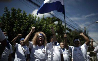 Más de cien profesionales proponen un plan para una Nicaragua «democrática»
