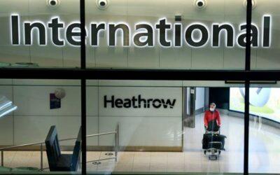 Reino Unido está dispuesto a facilitar «pasaportes» de vacunación para viajar