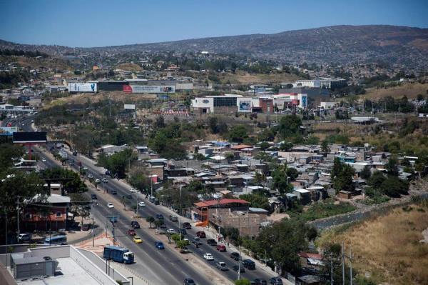 Honduras debe buscar alianzas para renegociar deuda y revisar incentivos