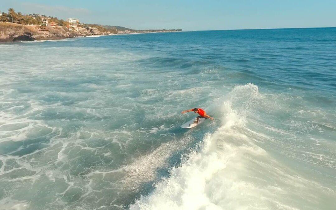 El Salvador trabaja en los preparativos del Torneo Mundial de Surf a realizarse este año