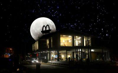 Arcos Dorados participará en LaHoraDelPlaneta2021 apagando luces de sus restaurantes en América Latina