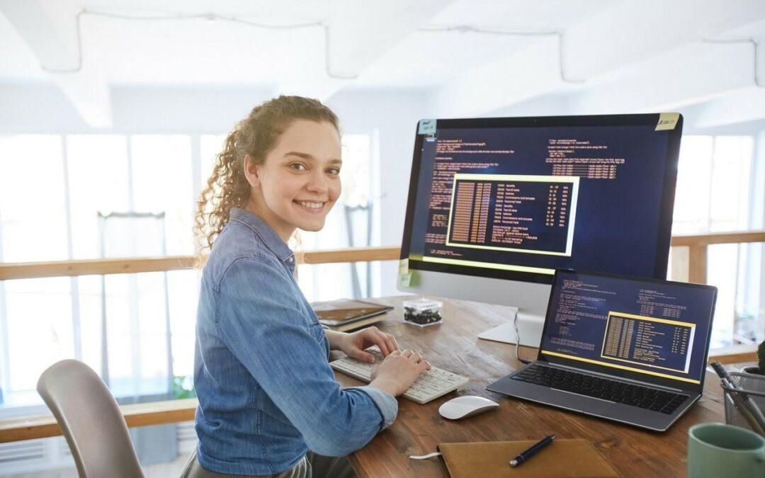 ¿Cómo motivar a más mujeres para que incursionen en áreas de tecnología?