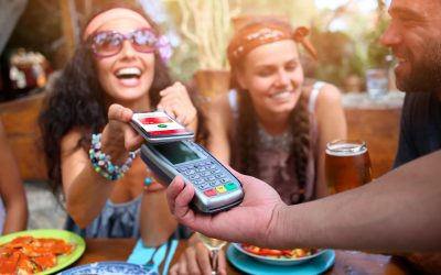 ¿Está preparado para guardar su billetera y pagar con su celular?