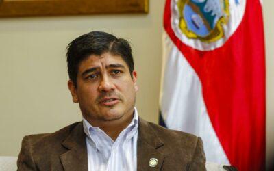 Presidente de Costa Rica ve «una violación clarísima» de DDHH en Nicaragua