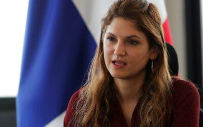 Canciller panameña iniciará en España su viaje a la UE para reforzar imagen de Panamá