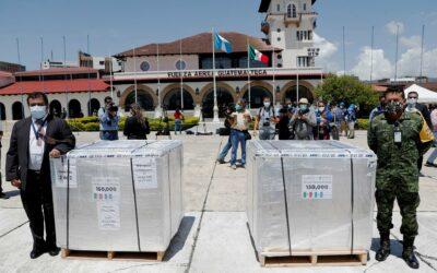 México entrega a Guatemala un primer donativo de 150.000 dosis de AstraZeneca