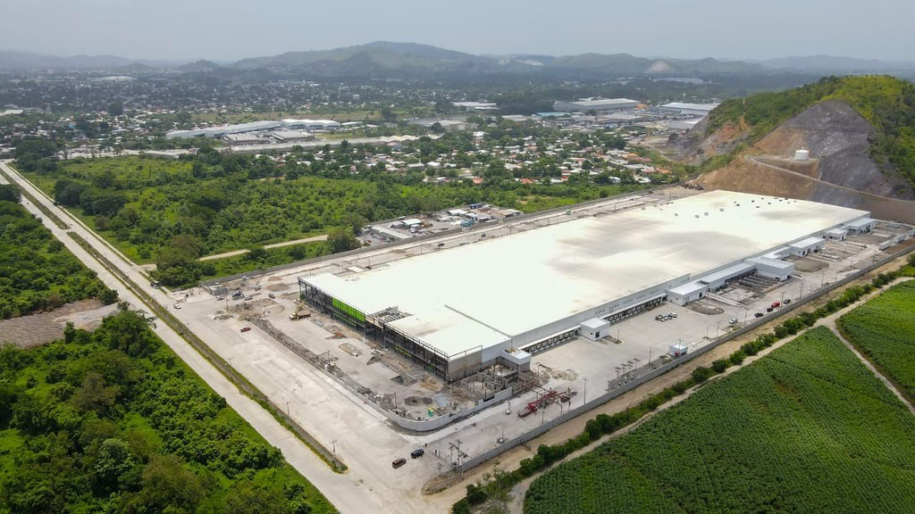 Honduras:  Más de 5.000 empleos generará nueva planta que fabricará ropa para Nike en San Pedro Sula